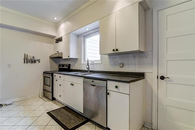 Photo 8: 477 St Clarens Ave in Toronto: Dovercourt-Wallace Emerson-Junction Freehold for sale (Toronto W02)  : MLS® # W3729685