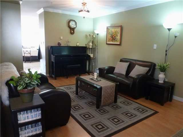 Photo 3: # 5 1222 CAMERON ST in : Uptown NW Townhouse for sale : MLS® # V911774