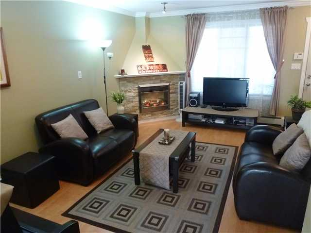 Photo 4: # 5 1222 CAMERON ST in : Uptown NW Townhouse for sale : MLS(r) # V911774