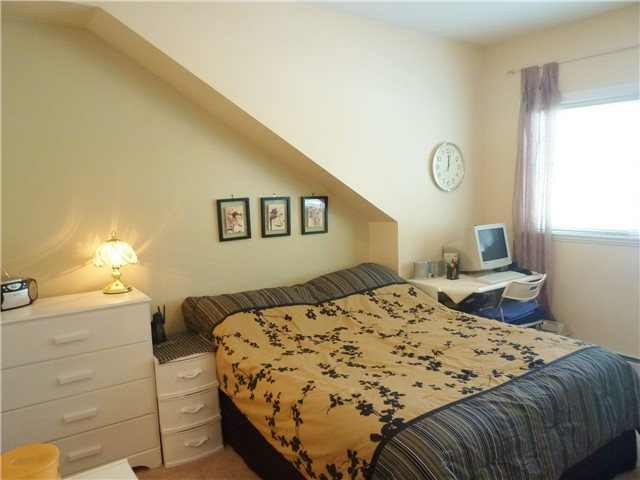 Photo 9: # 5 1222 CAMERON ST in : Uptown NW Townhouse for sale : MLS® # V911774