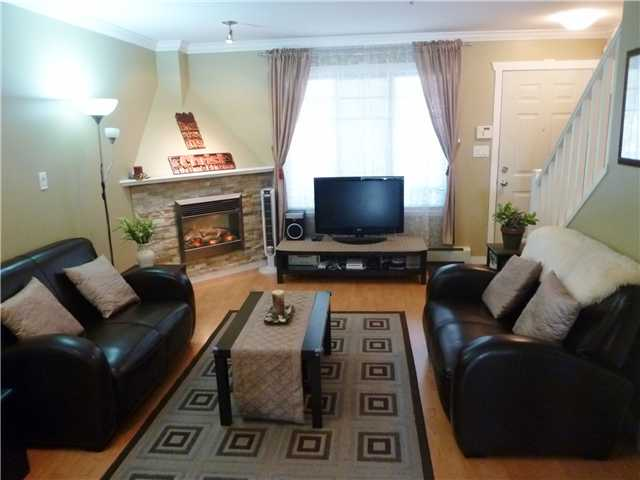 Photo 2: # 5 1222 CAMERON ST in : Uptown NW Townhouse for sale : MLS(r) # V911774