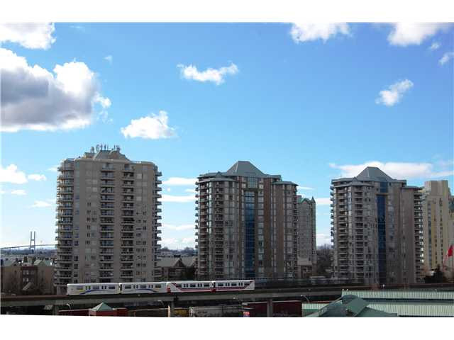 "Photo 17: # 405 98 10TH ST in New Westminster: Downtown NW Condo for sale in ""PLAZA POINTE"" : MLS(r) # V1002763"
