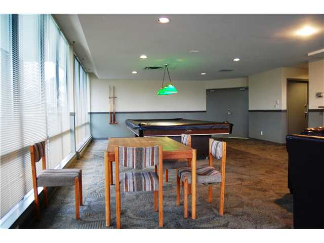 "Photo 22: # 405 98 10TH ST in New Westminster: Downtown NW Condo for sale in ""PLAZA POINTE"" : MLS(r) # V1002763"