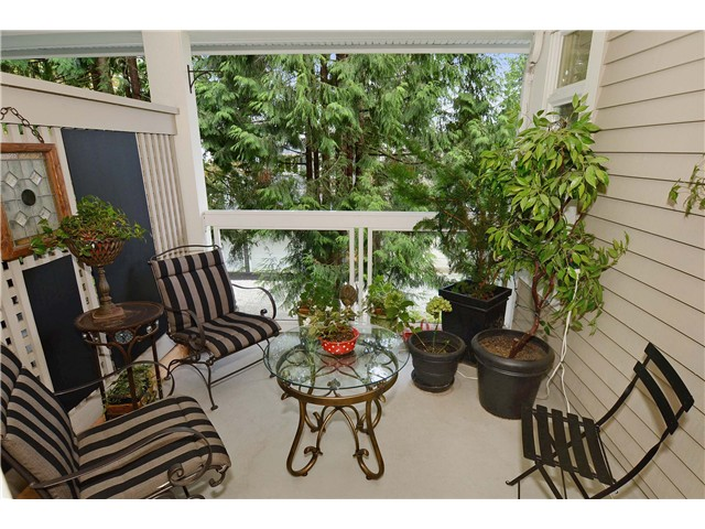 "Photo 10: 215 3188 W 41ST Avenue in Vancouver: Kerrisdale Condo for sale in ""LANESBOROUGH"" (Vancouver West)  : MLS® # V1027530"