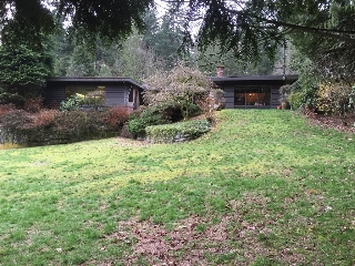 Main Photo: 286 Stevens Drive in West Vancouver: House for sale : MLS®# R2040053