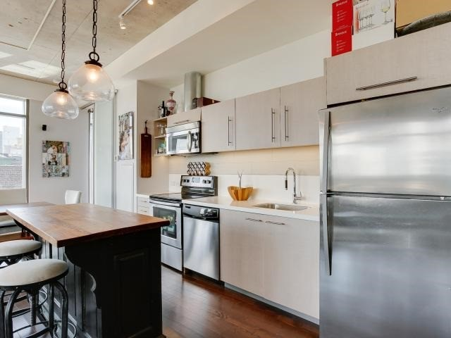 Photo 12: 70 Distillery Lane Unit #417 in Toronto: Waterfront Communities C8 Condo for sale (Toronto C08)  : MLS(r) # C3540794