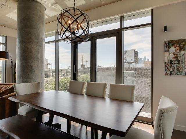Photo 3: 70 Distillery Lane Unit #417 in Toronto: Waterfront Communities C8 Condo for sale (Toronto C08)  : MLS(r) # C3540794