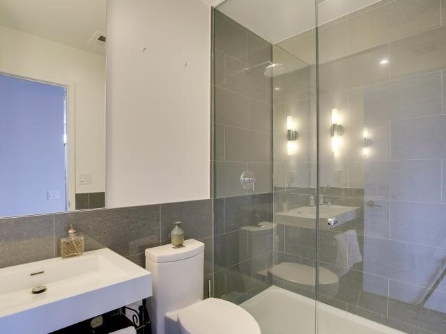 Photo 9: 70 Distillery Lane Unit #417 in Toronto: Waterfront Communities C8 Condo for sale (Toronto C08)  : MLS(r) # C3540794