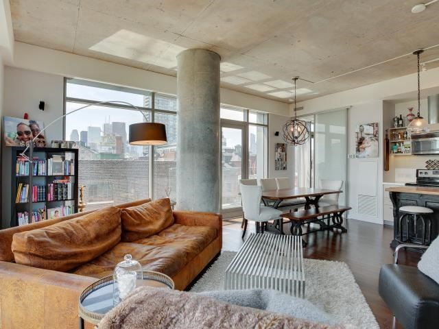 Photo 18: 70 Distillery Lane Unit #417 in Toronto: Waterfront Communities C8 Condo for sale (Toronto C08)  : MLS(r) # C3540794