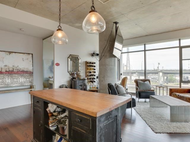 Photo 15: 70 Distillery Lane Unit #417 in Toronto: Waterfront Communities C8 Condo for sale (Toronto C08)  : MLS(r) # C3540794