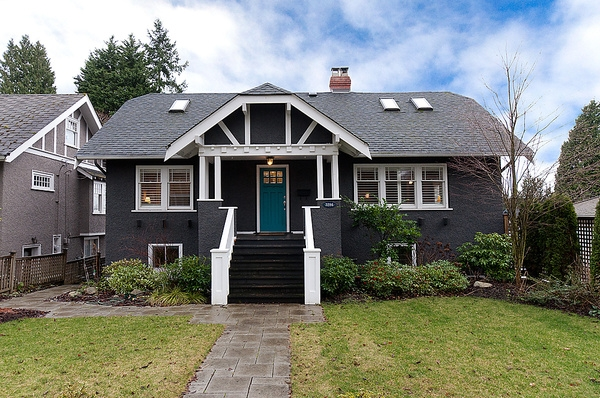 Main Photo: 3286 W 38TH Avenue in Vancouver: Kerrisdale House for sale (Vancouver West)  : MLS(r) # V931883