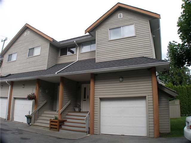 "Main Photo: 12 1700 MAMQUAM Road in Squamish: Garibaldi Estates Townhouse for sale in ""Mountain Mews"" : MLS®# V954418"