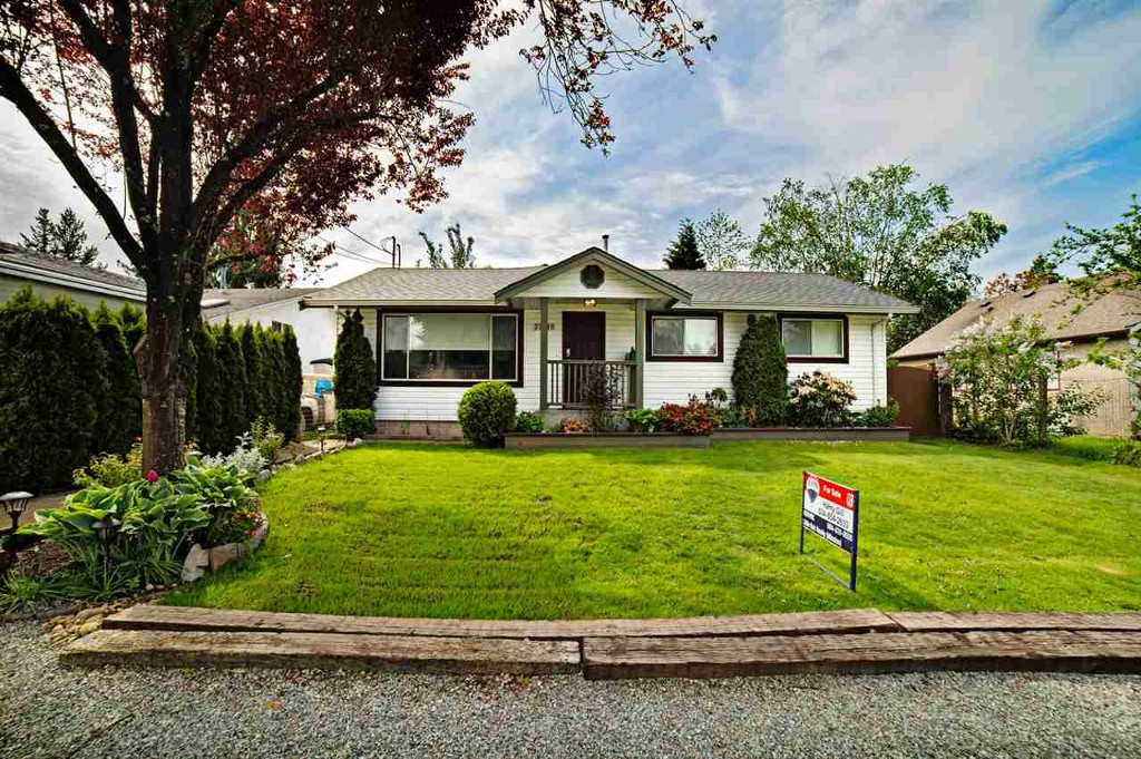 Main Photo: 33610 8th Avenue in Mission: Mission BC House for sale : MLS® # r2062526
