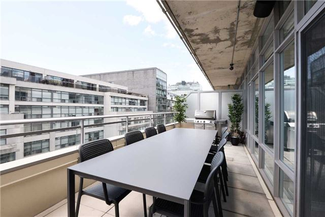 Photo 11: 66 Portland St Unit #701 in Toronto: Waterfront Communities C1 Condo for sale (Toronto C01)  : MLS(r) # C3502834