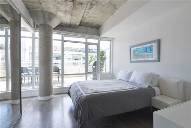 Photo 19: 66 Portland St Unit #701 in Toronto: Waterfront Communities C1 Condo for sale (Toronto C01)  : MLS(r) # C3502834
