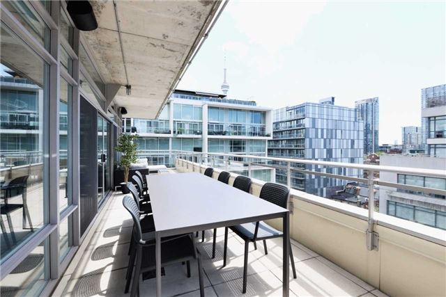Photo 7: 66 Portland St Unit #701 in Toronto: Waterfront Communities C1 Condo for sale (Toronto C01)  : MLS(r) # C3502834