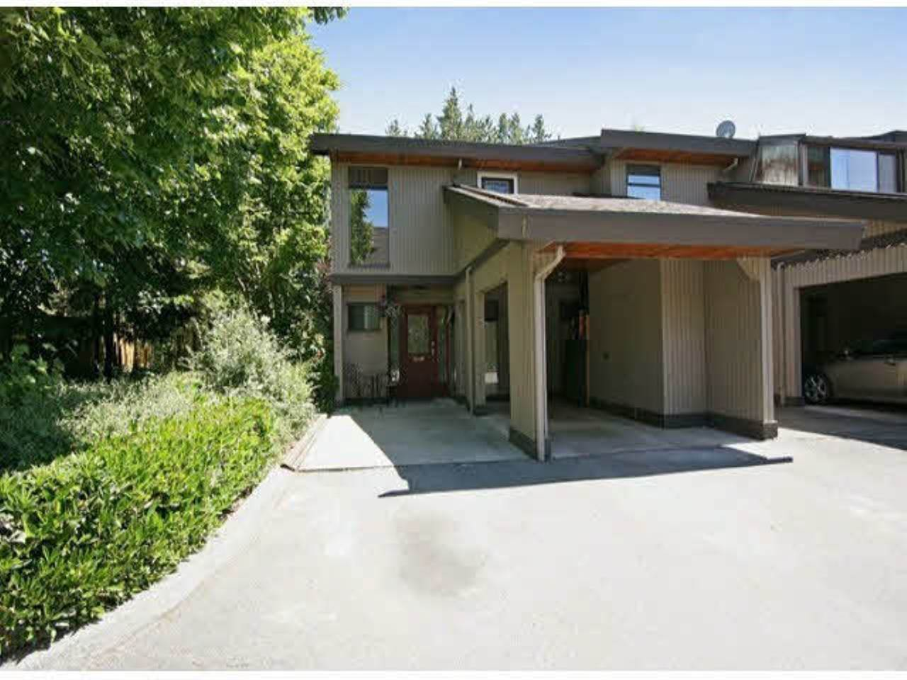 FEATURED LISTING: 1 5600 LADNER TRUNK Road Delta