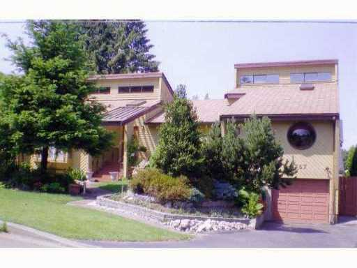 Photo 1: 757 RUNNYMEDE AV in : Coquitlam West House for sale : MLS® # V862961