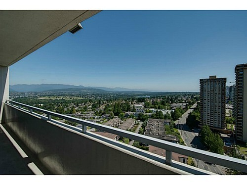 Photo 12: 2205 5645 BARKER Ave in Burnaby South: Central Park BS Home for sale ()  : MLS(r) # V1015578