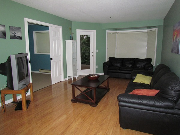 Main Photo: 101 2700 McCallum Road in ABBOTSFORD: Condo for rent (Abbotsford)