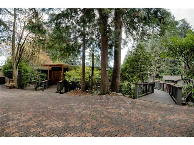 Photo 20: 333 WELLINGTON DR in North Vancouver: Upper Lonsdale House for sale : MLS® # V1036216