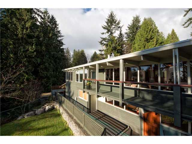 Photo 15: 333 WELLINGTON DR in North Vancouver: Upper Lonsdale House for sale : MLS® # V1036216