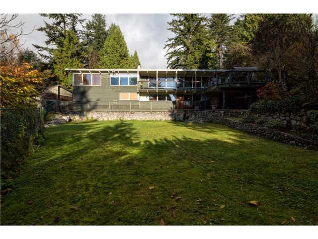 Photo 19: 333 WELLINGTON DR in North Vancouver: Upper Lonsdale House for sale : MLS® # V1036216
