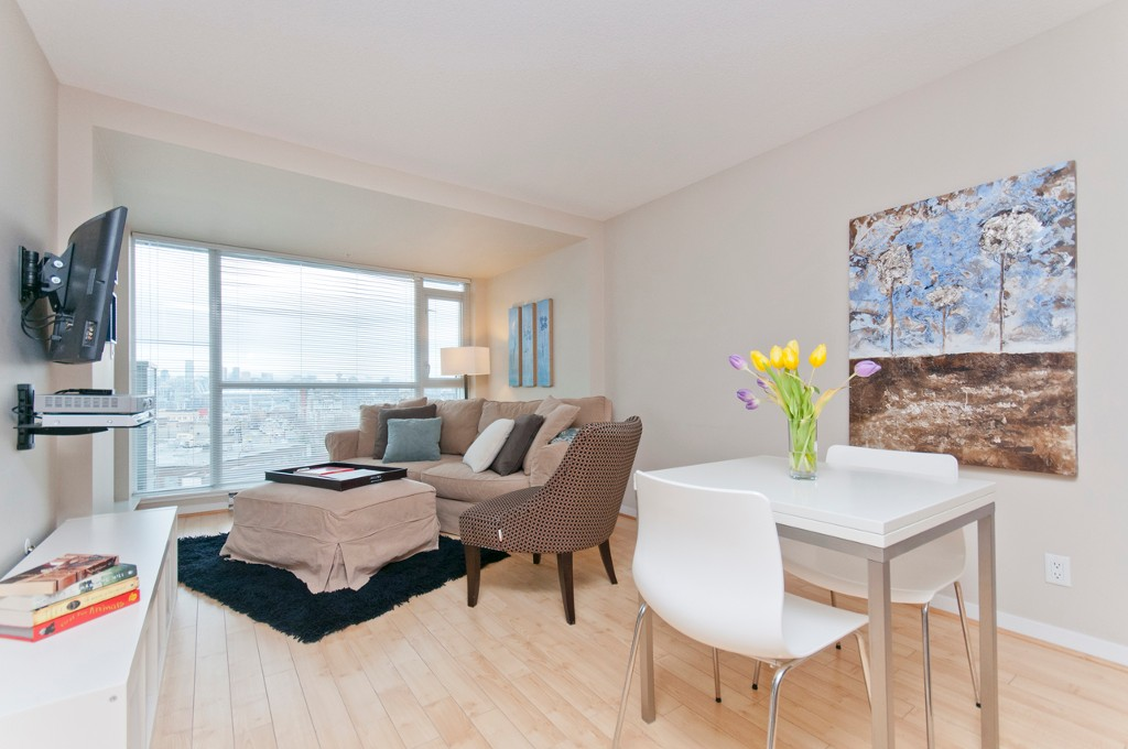 Main Photo: 503 2770 Sophia in Vancouver: Condo for sale : MLS®# V1050182