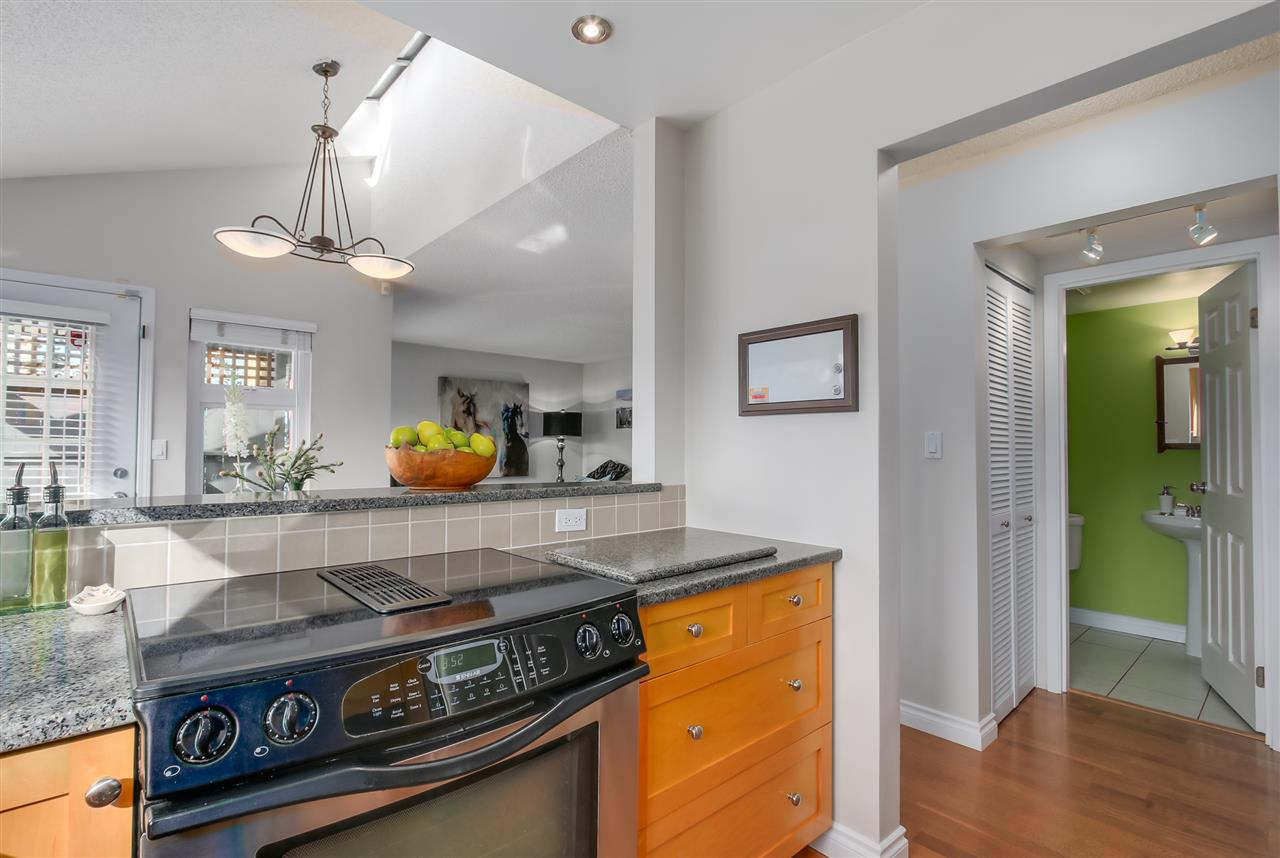 Photo 11: 1380 MAPLE STREET in Vancouver: Kitsilano Townhouse for sale (Vancouver West)  : MLS® # R2049396