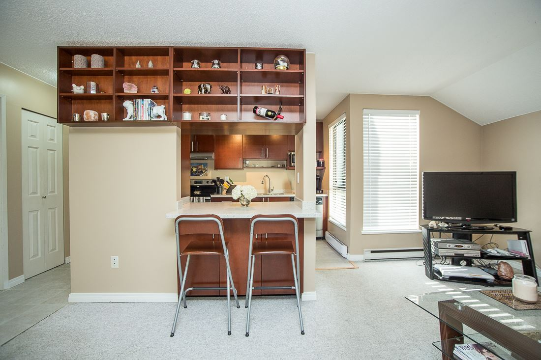Photo 6: 303 9155 SATURNA DRIVE in Burnaby: Simon Fraser Hills Condo for sale (Burnaby North)  : MLS® # R2042603