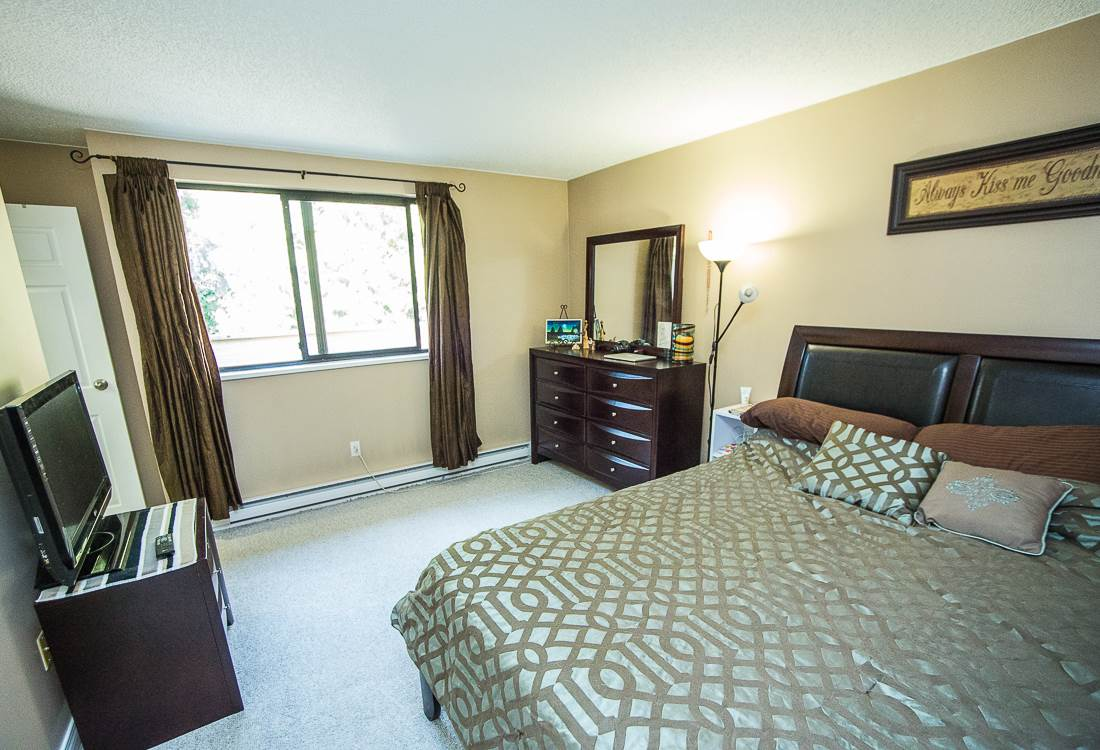Photo 12: 303 9155 SATURNA DRIVE in Burnaby: Simon Fraser Hills Condo for sale (Burnaby North)  : MLS® # R2042603