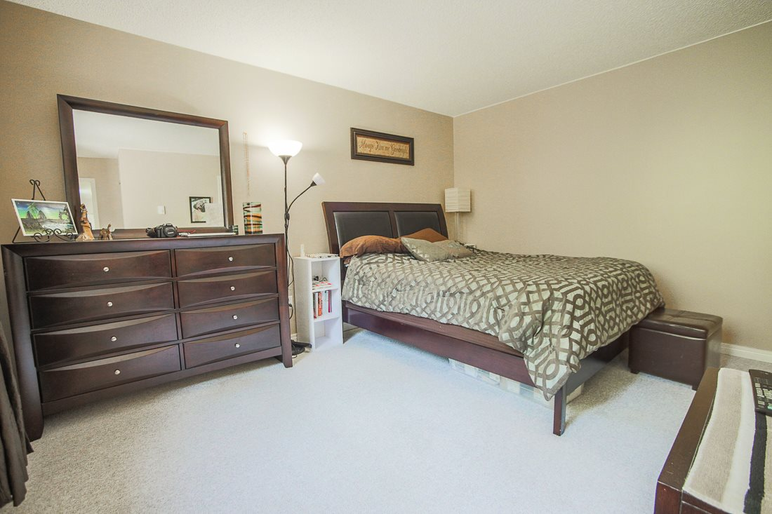 Photo 11: 303 9155 SATURNA DRIVE in Burnaby: Simon Fraser Hills Condo for sale (Burnaby North)  : MLS® # R2042603