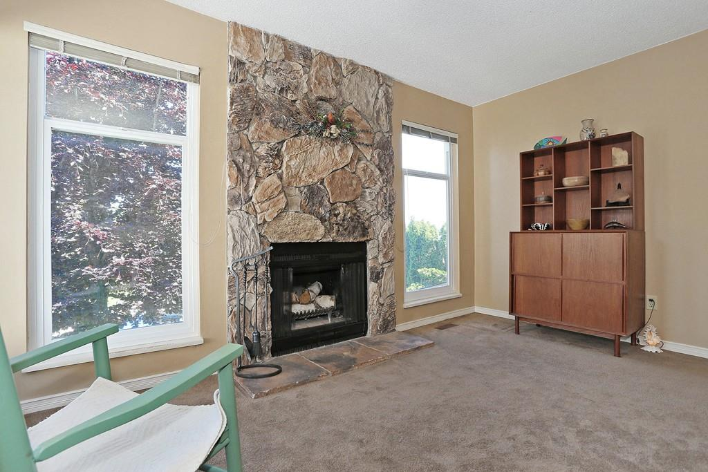 Photo 2: 2421 WAYBURN CRESCENT in Langley: Willoughby Heights House for sale : MLS® # R2069614