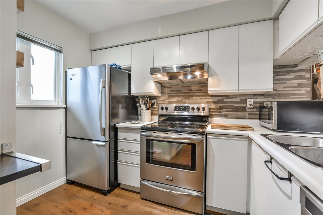 Main Photo: 209 643 W 7TH AVENUE in Vancouver: Fairview VW Condo for sale (Vancouver West)  : MLS(r) # R2142144
