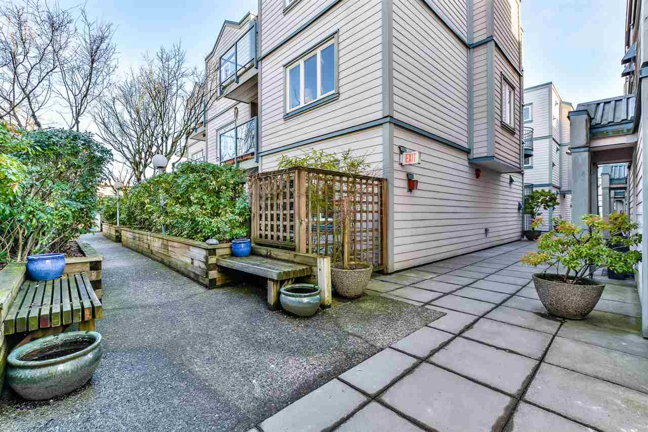Photo 15: 209 643 W 7TH AVENUE in Vancouver: Fairview VW Condo for sale (Vancouver West)  : MLS(r) # R2142144
