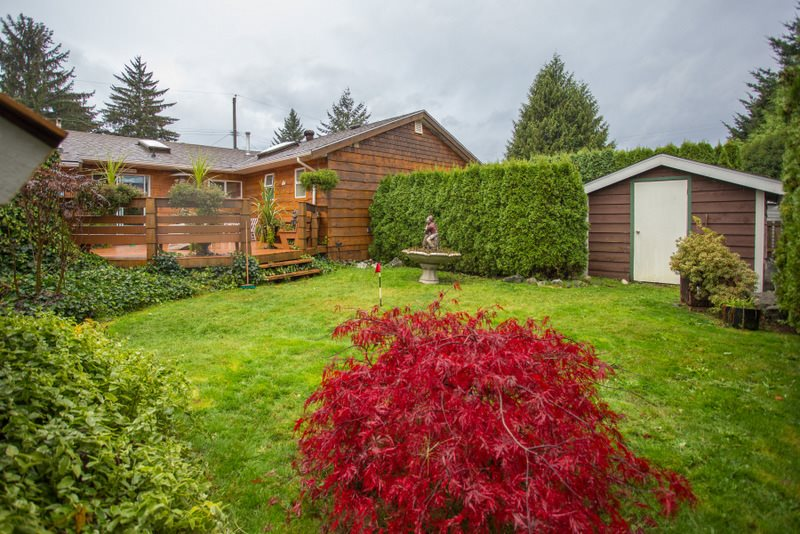 Photo 19: 2139 PARKWAY ROAD in Squamish: Garibaldi Estates House for sale : MLS(r) # R2119472