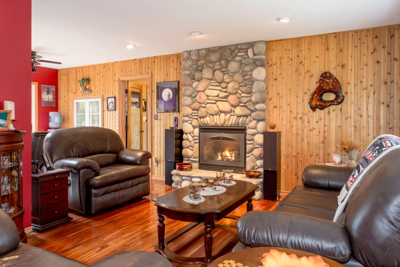 Photo 6: 2139 PARKWAY ROAD in Squamish: Garibaldi Estates House for sale : MLS® # R2119472