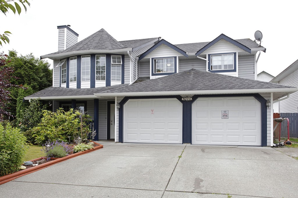 "Main Photo: 26440 32A Avenue in Langley: Aldergrove Langley House for sale in ""Parkside"" : MLS®# F1315757"