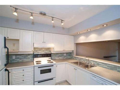Photo 5: 207A 7025 STRIDE Ave in Burnaby East: Edmonds BE Home for sale ()  : MLS(r) # V919682