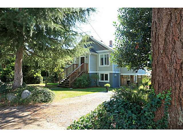 Main Photo: 235 W. St James Road in North Vancouver: Upper Lonsdale House for sale : MLS® # V1026225