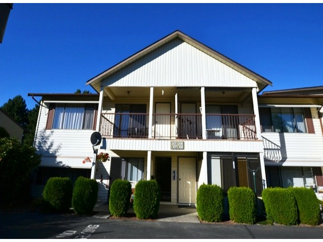 Main Photo: 207 2853 Bourquin Crescent in : Central Abbotsford Townhouse for sale (Abbotsford)  : MLS® # f1435180