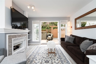 Main Photo: 235 2565 W BROADWAY in Vancouver: Kitsilano Townhouse for sale (Vancouver West)  : MLS® # R2150536