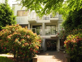 "Main Photo: 102 830 E 7TH Avenue in Vancouver: Mount Pleasant VE Condo for sale in ""Fairfax"" (Vancouver East)  : MLS(r) # V992624"