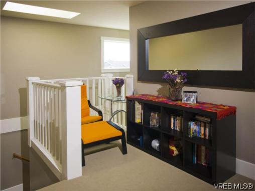 Photo 9: 3355 Sewell Road in VICTORIA: Co Triangle Single Family Detached for sale (Colwood)  : MLS(r) # 293550
