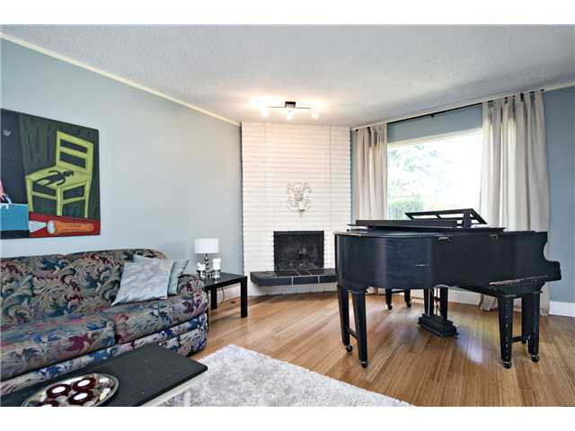 Photo 8: 46 714 WILLOW PARK Drive SE in CALGARY: Willow Park Townhouse for sale (Calgary)  : MLS® # C3578965