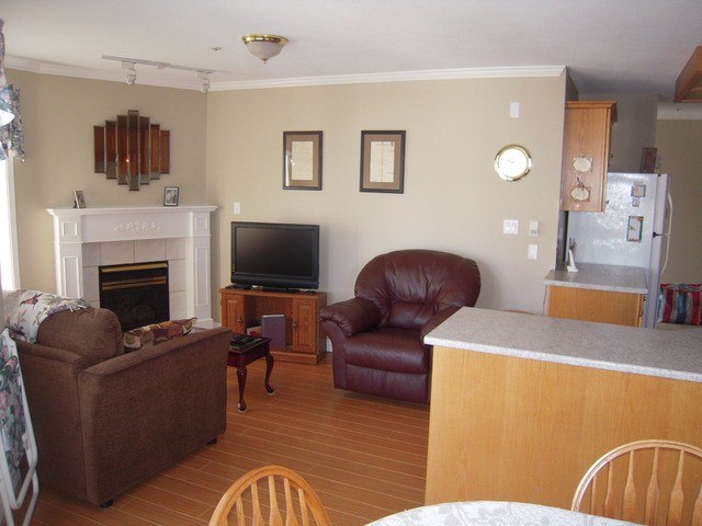 Photo 7: 417 2626 COUNTESS Street in Abbotsford: Abbotsford West Condo for sale : MLS® # F1321222