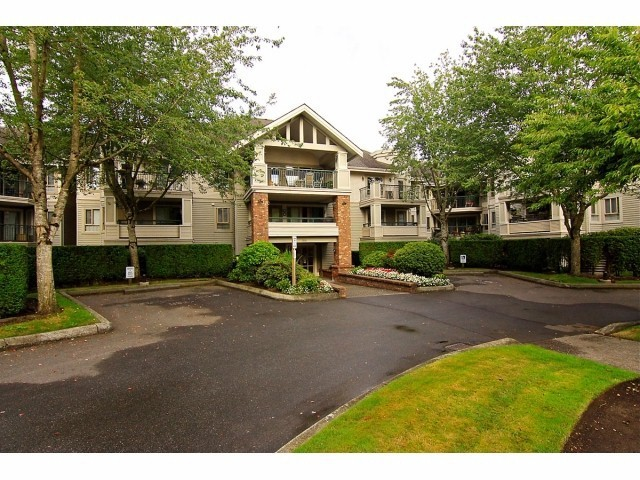 Main Photo: # 110 22015 48TH AV in Langley: Murrayville Condo for sale : MLS® # F1401657
