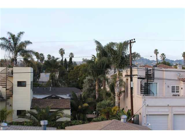 Photo 17: PACIFIC BEACH Townhome for sale : 3 bedrooms : 4257 Gresham Street in San Diego