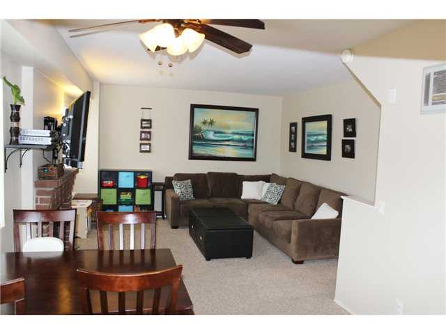 Photo 5: PACIFIC BEACH Townhome for sale : 3 bedrooms : 4257 Gresham Street in San Diego