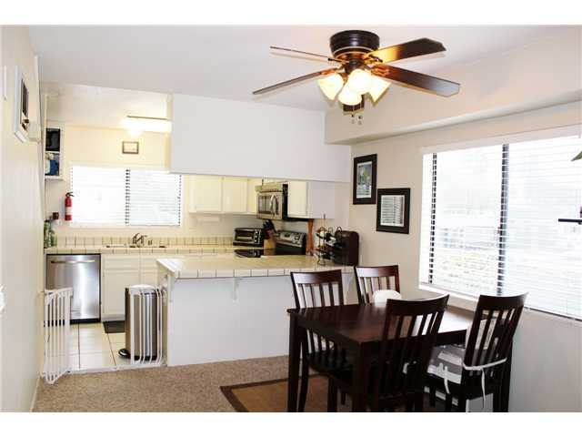 Photo 6: PACIFIC BEACH Townhome for sale : 3 bedrooms : 4257 Gresham Street in San Diego